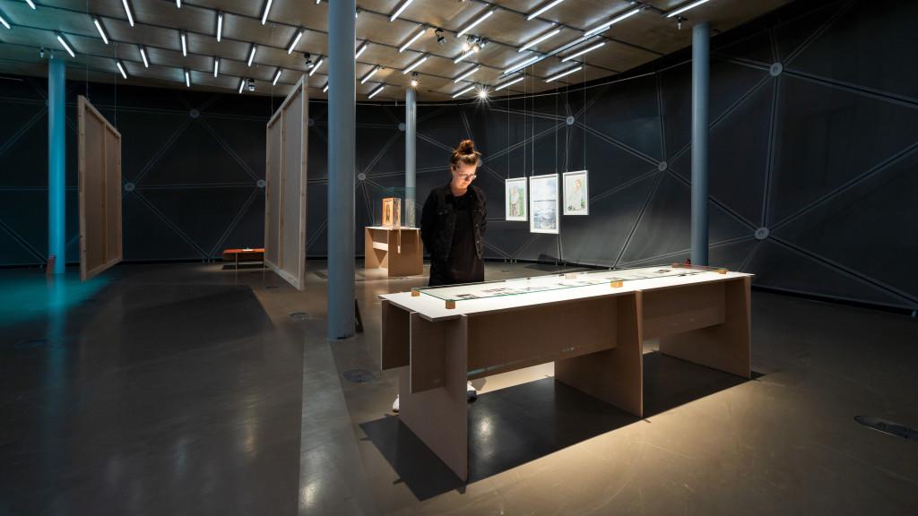 """Kunsthaus Graz: Ausstellung """"Glaube Liebe Hoffnung"""""""